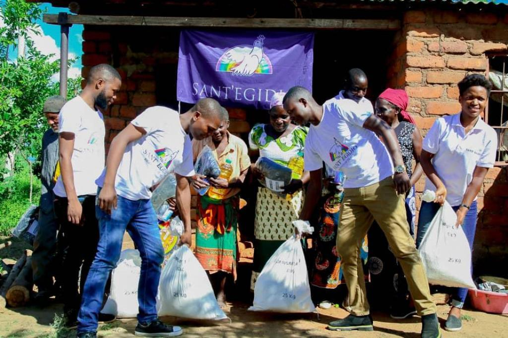 Malawi: offering hope to the hunger and displaced elderly people
