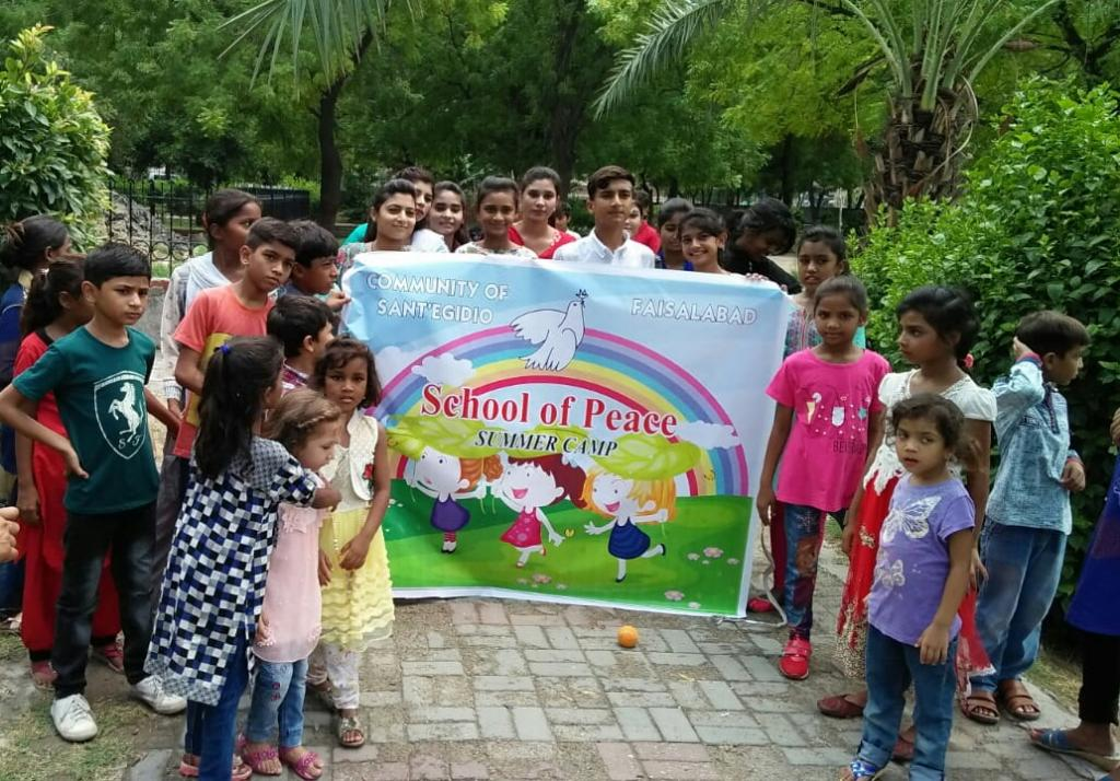 Good news comes from Pakistan: it is #santegidiosummer with the children of the Schools of Peace