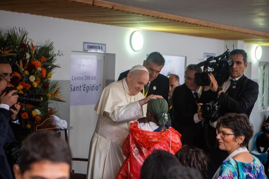 "Mozambique, pope Francis' visit at the DREAM centre of the Community of Sant'egidio in Zimpeto: "" Here the parable of the good samaritan is realized"""